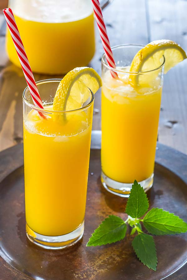 All natural mango lemonade- a refreshing, sweet and delicious lemonade perfect for every season.